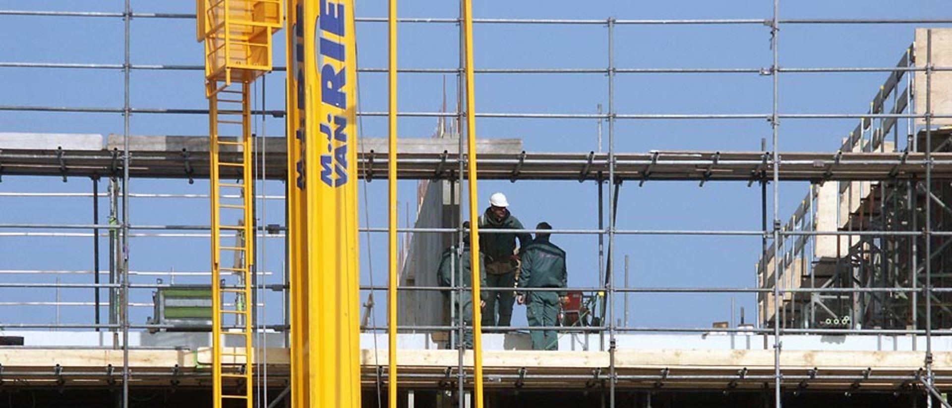Minister start onderzoek naar stijgende nieuwbouwkosten