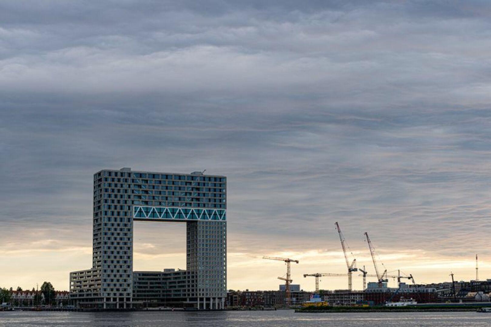 Fors meer huizen van een miljoen of meer, ook in Amsterdam (BRON: Het Parool)